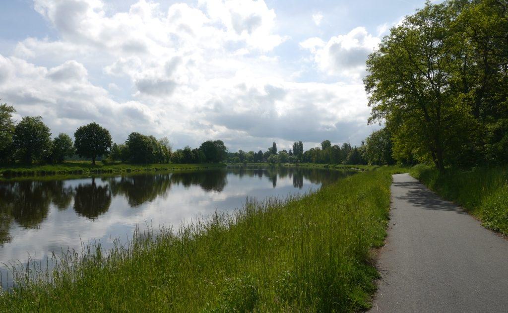 Elberadweg bei Hradec Kralove