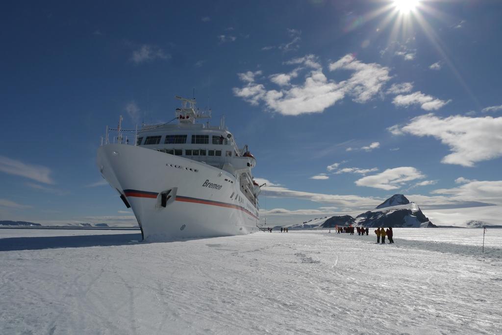 MS Bremen auf Eis (Active Sound)
